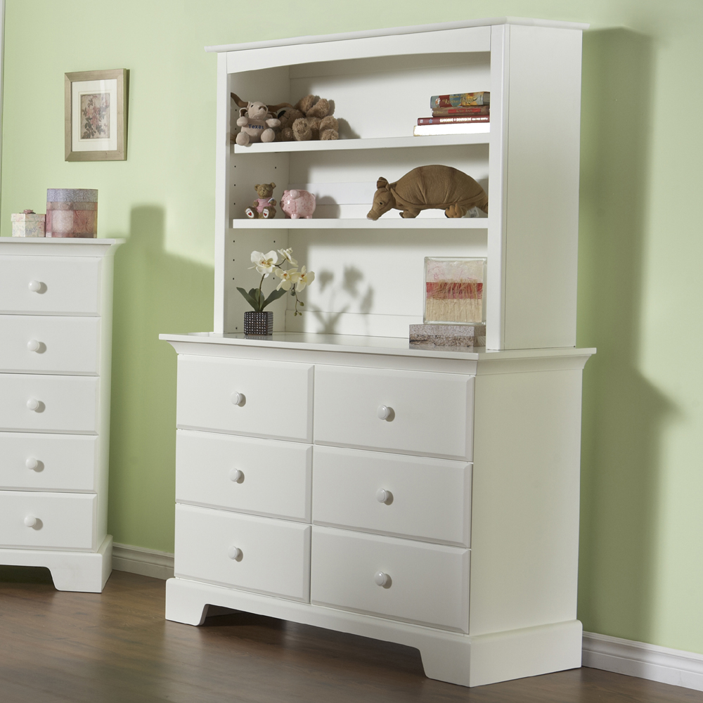 The Hutch in White, on the top of a Bolzano Double Dresser (unit not available).<br>