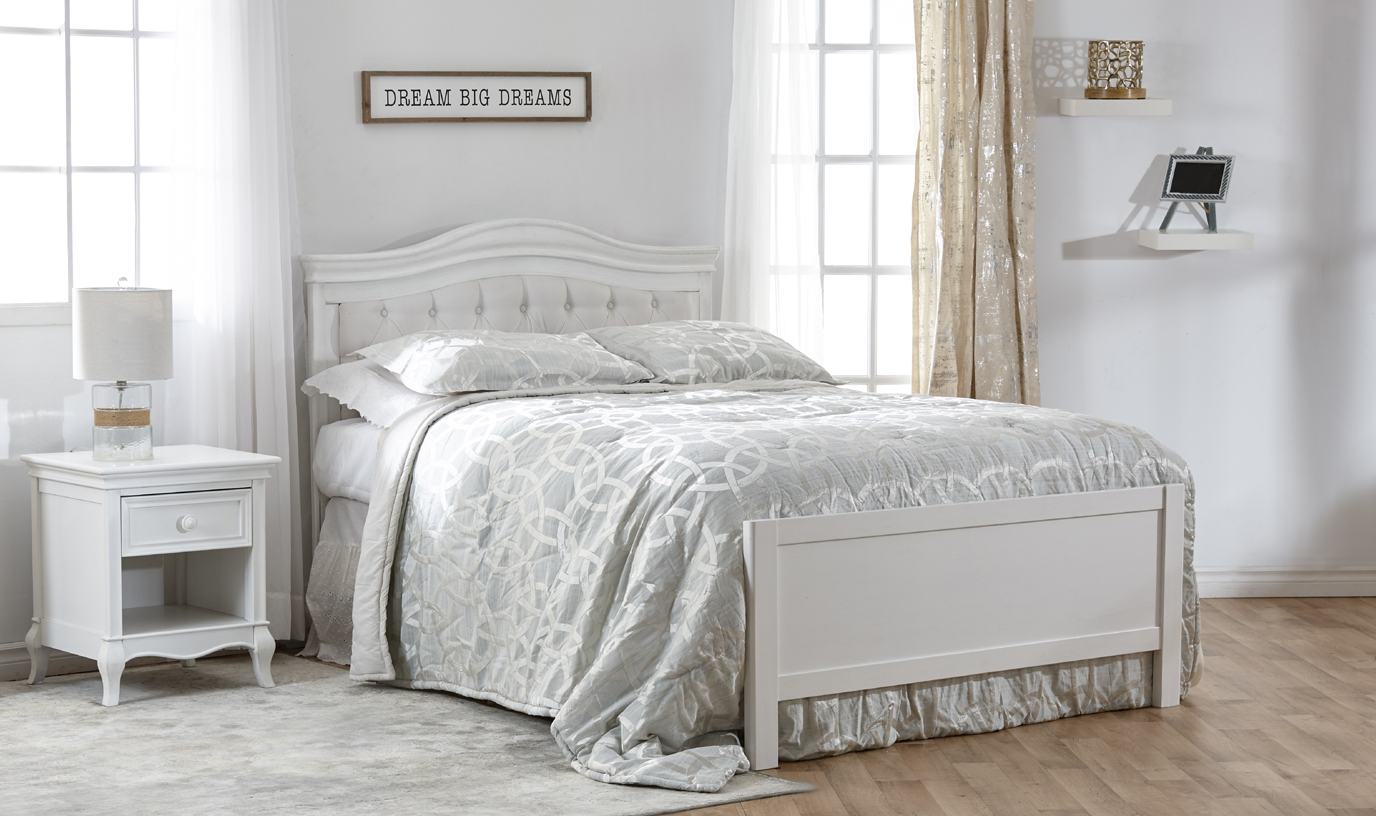 Now in Stock: The <b>Low Profile Footboard</b>. A fresh new look for your crib conversion! Here featured with the Diamante Collection.