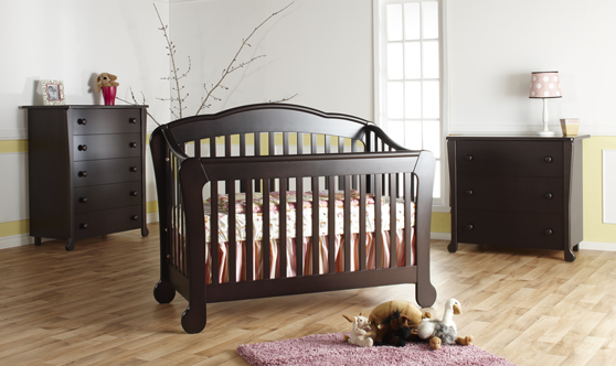 Now in stock: The <b>Manon</b> Forever Crib, <b>100% Made in Italy!</b> <br>Available in Mocacchino and White.