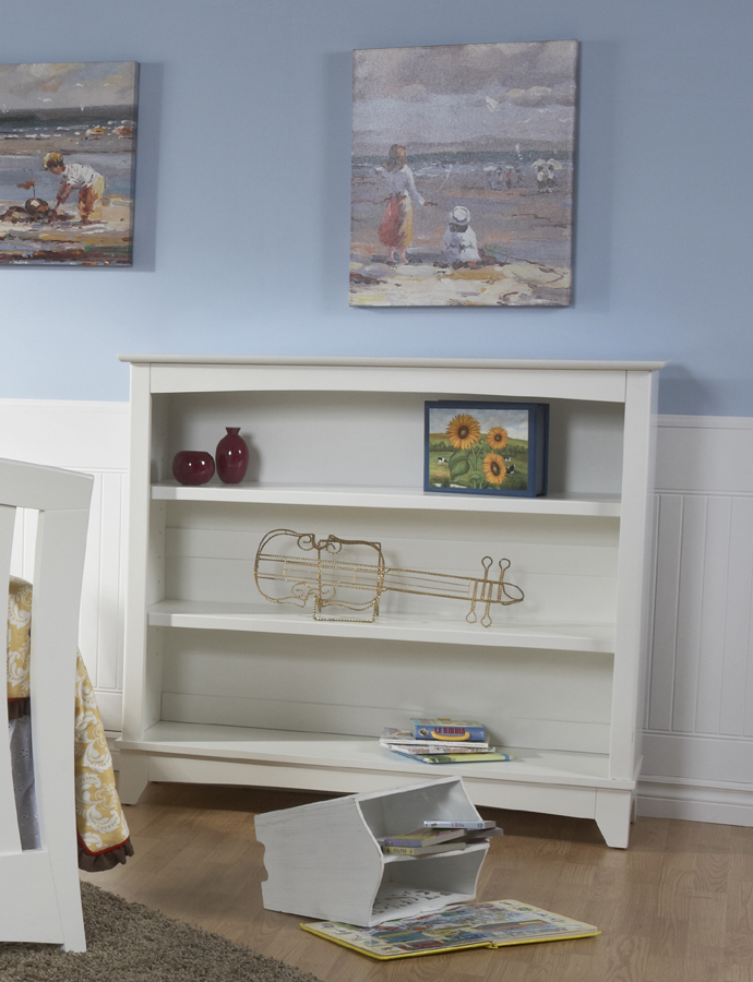 The Bookcase in White.<br>