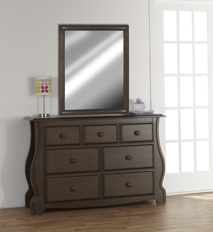 The <b>7777 Pali Mirror</b> on a 1906 <b>Bergamo Double Dresser</b>, in Earth. <br>Please note that the mirror can be also hung on a wall (in portrait or landscape positions) thanks to its pre-installed hooks.