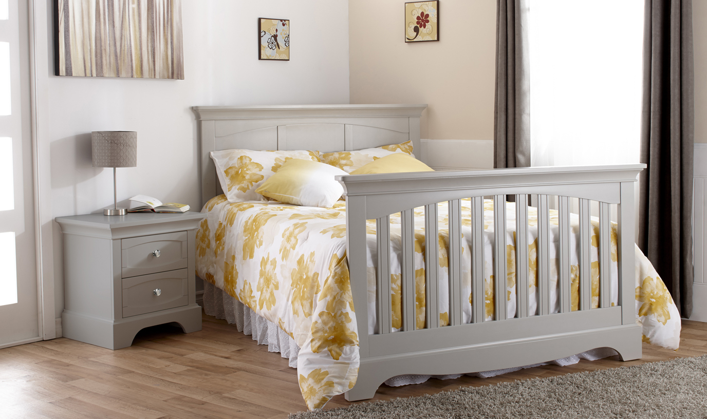The <b>Ragusa Collection</b> is a timeless and elegant choice for honoring the joyous movement in your life as you welcome your new little one.  Now in stock!  <br>Please note that the Ragusa dressers feature beautiful metal knobs.