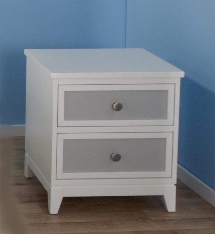 <b>The Treviso Collection!</b>    Here is the 1514 Treviso Nightstand in White/Grey.